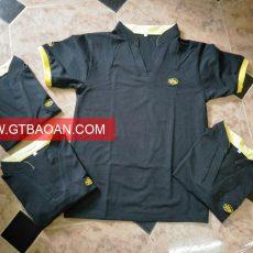 áo thun cổ chữ V