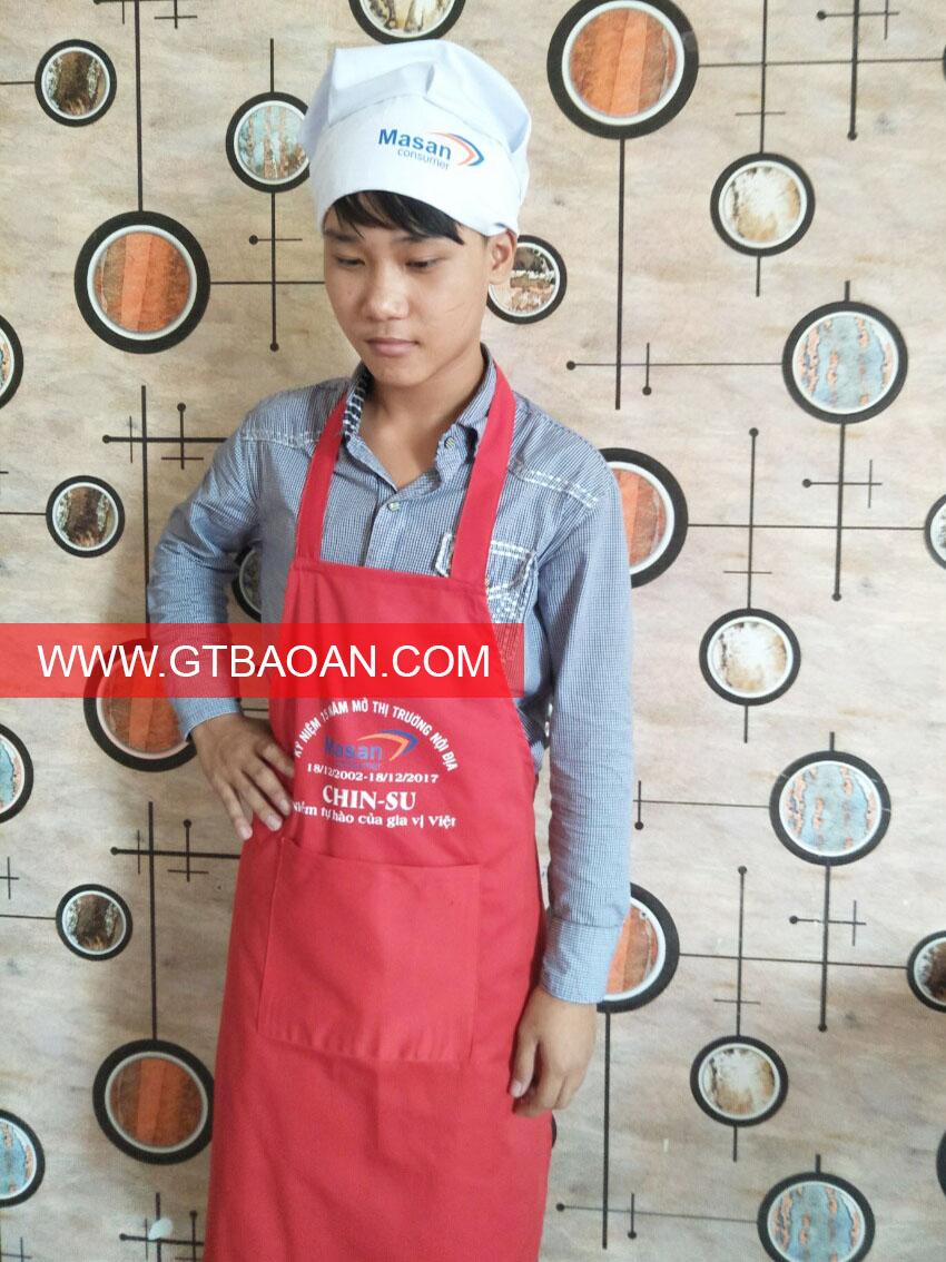 Tạp dề yếm đỏ cho nhân viên làm bếp