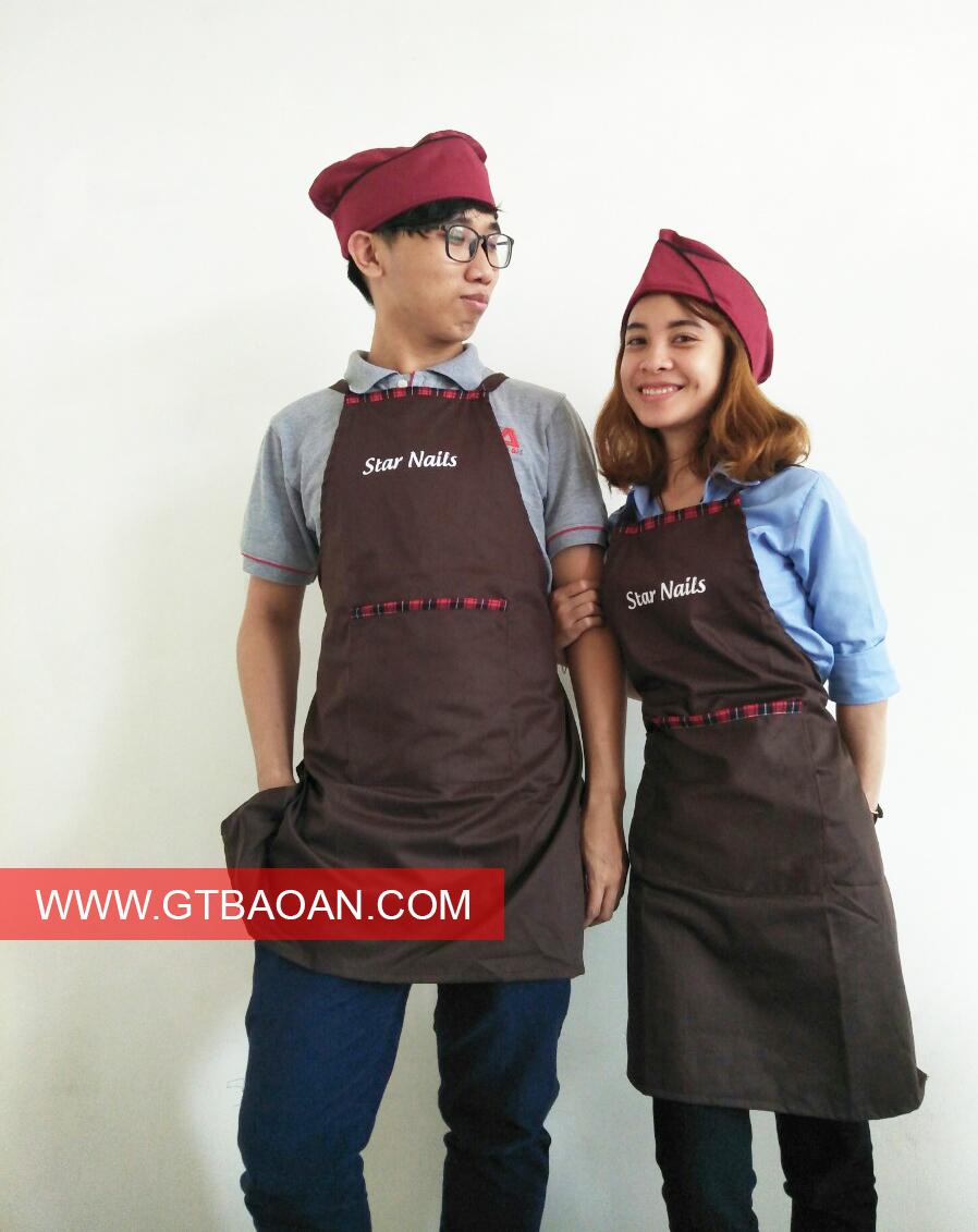 Tạp dề yếm màu socola cho nhân viên phục vụ