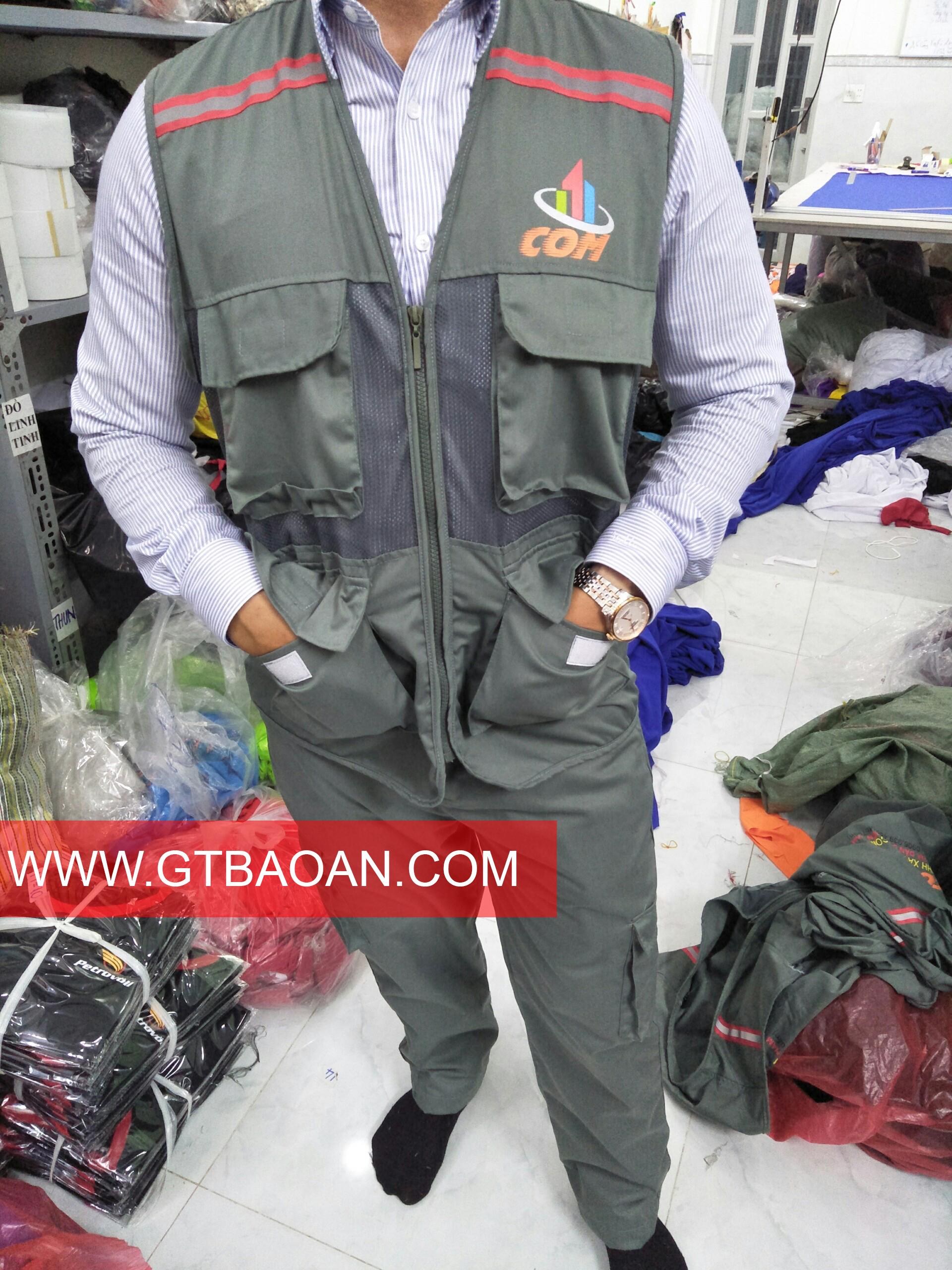 Áo ghile đồng phục nhân viên công ty COM