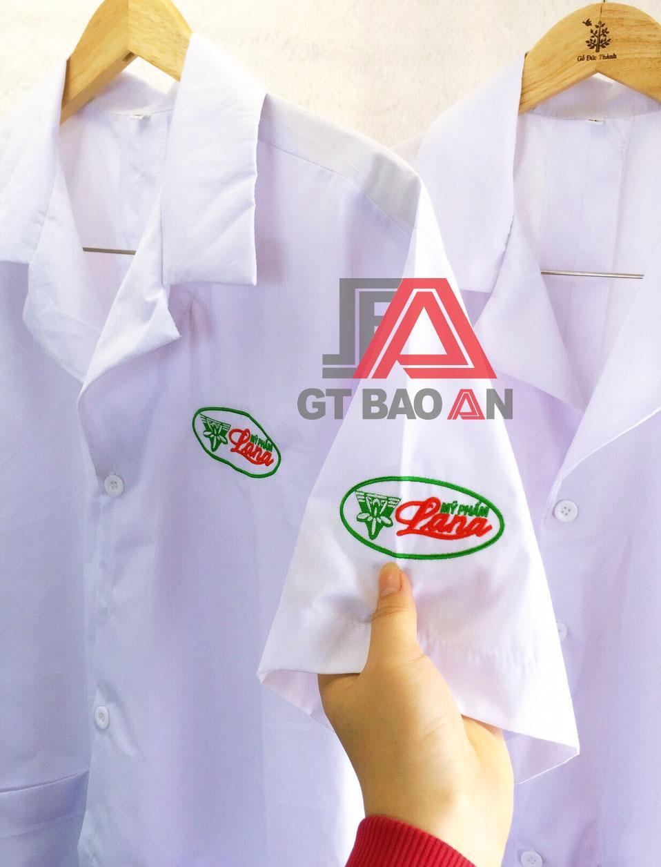Đồng phục áo blouse công ty dược phẩm LANA