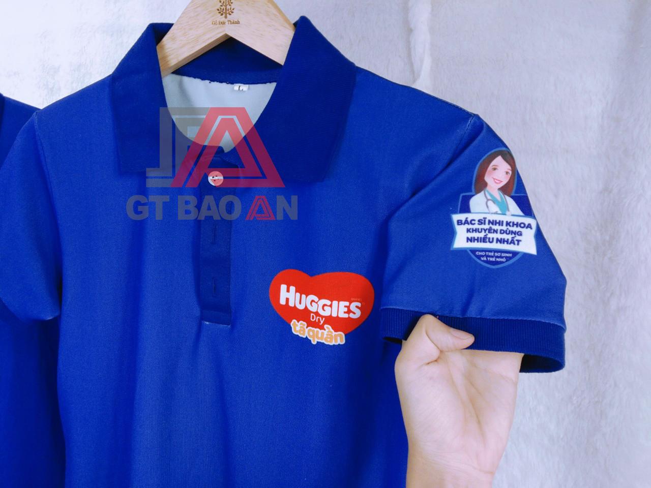 Áo thun cổ trụ nhân viên công ty Huggies